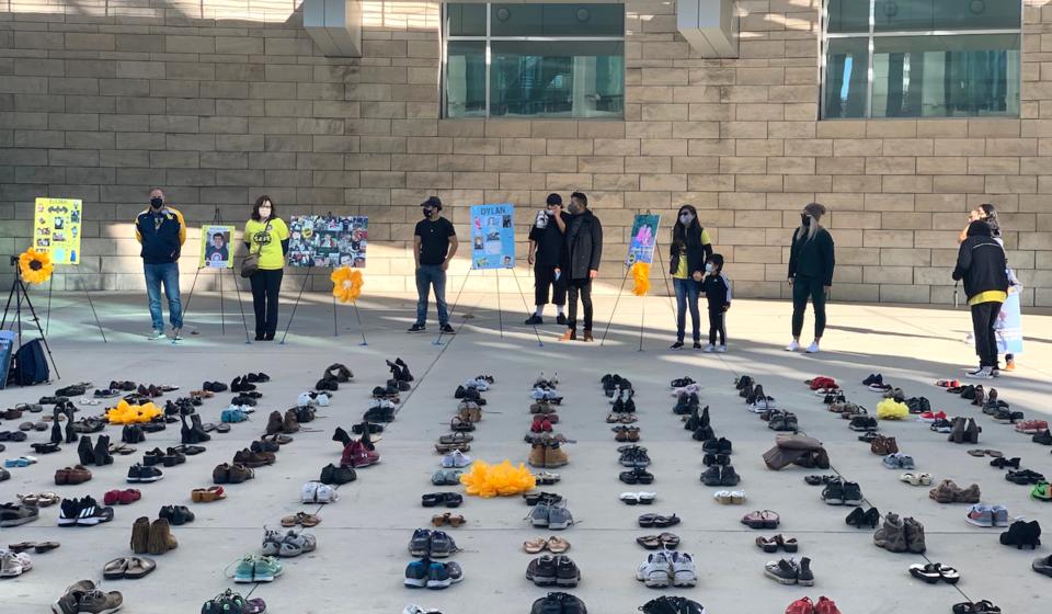 Shoe memorial in San Jose, CA